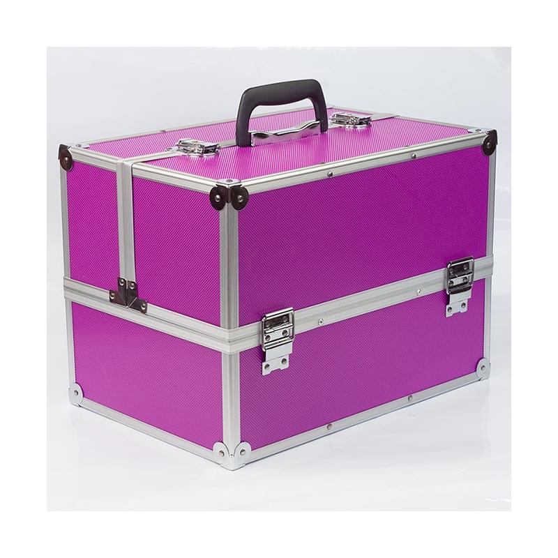 kuferek na przybory kosmetyczne