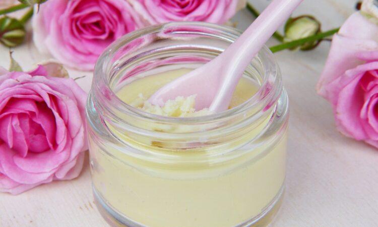Czym jest masło shea i jak je stosować?