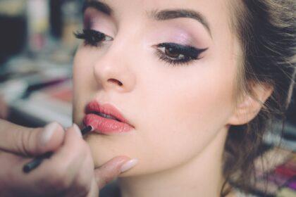 Sucha skóra a makijaż