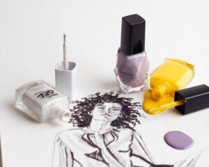 Akcesoria do pielęgnacji paznokci – co powinno znaleźć się w Twoim wyposażeniu?